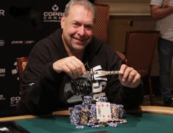 Dieter Dechant Wins 2017 World Series of Poker 'The Giant' $365 No-Limit Hold'em Event